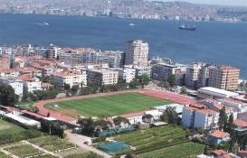 Karşıyaka Spor Kulübü'nün stadı 5 yıldır atıl halde bekliyor!