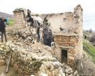 Siirt Bayraktepe Köyü'nde 2 katlı kerpiç ev çöktü!