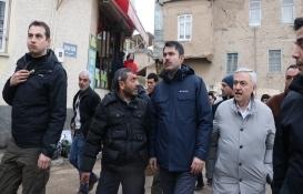 Murat Kurum'dan Elazığlı depremzedelere yardım!