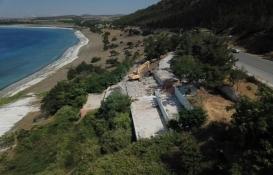 Salda Gölü kıyısındaki kaçak ve depreme dayanıksız tesis yıkıldı!