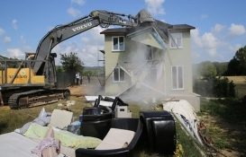 Çatalca'daki 19 kaçak yapı yıkıldı!