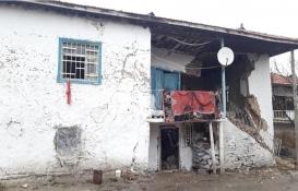 Kırşehir'de kerpiç ev çöktü: 1 yaralı!