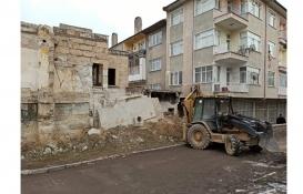 Nevşehir'deki metruk binalar yıkılıyor!