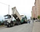 Yıldızlı TOKİ konutlarının yolu asfaltlanıyor!