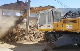 Bursa Osmangazi'deki kaçak yapı yıkıldı!