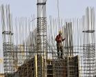 Kâr eriyor, inşaatta küçük firmalar dayanamayacak!