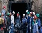 Kolombiya'da madeni su bastı: 12 işçi mahsur!