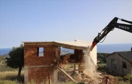 Antalya'da kaçak yapılara geçit yok!