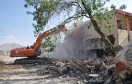 Elbistan'da 3 gazinonun yıkımı tamamlandı!