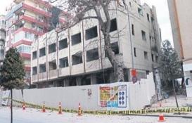 Yıkımı yapılan Pamukkale Üniversitesi Hastanesi çöktü!