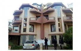 İzmir'de kaçak yolla kiraya verilen villalar mühürlendi!