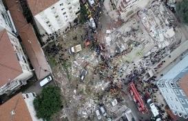 Kartal'daki Ünal Apartmanı'nın yıkımına başlandı!
