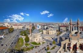 Sivas'ta 7.8 milyon TL'ye satılık gayrimenkul!
