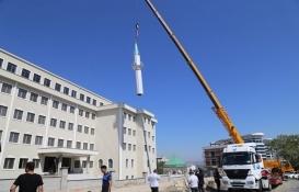 Büyükçekmece'de can ve mal güvenliği riski taşıyan minare kaldırıldı!