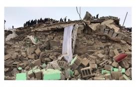 Van'da 254 konut ve 297 ahır yıkıldı, 694 yapı ağır hasar aldı!