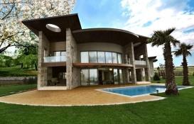Büyükçekmece Gölmahal Evleri'nde 4.5 milyon TL'ye icradan satılık villa!