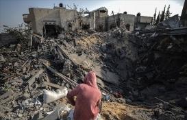 Gazze'de 30 yapı tamamen, 500 yapı ise kısmi olarak yıkıldı!