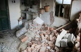 Manisa'da 305 bina ağır hasarlı!