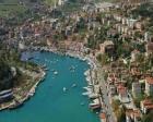 Sarıyer'de 10 milyon TL'ye icradan satılık 4 katlı villa!