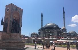 Taksim Camisi yıl