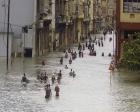 Irma kasırgası Kübayı da vurdu! Binalar çöküyor!
