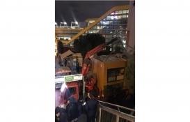 Merter Metro İstasyonu'ndaki kaçak büfe kaldırıldı!