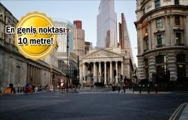 Londra'nın en ince evi 1.07 milyon dolara satılıyor!