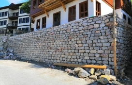 İzmit'deki tarihi yapılar restore ediliyor!