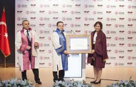 Ziya Yılmaz'a Fahri Doktora unvanı verildi!