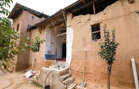 Darende'de 215 yıllık kerpiç ev zamana direniyor!