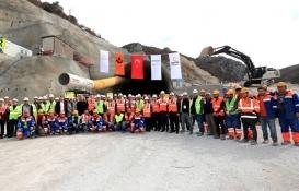 Amasya Badal Tüneli'nin kazı çalışmaları tamamlandı!