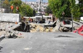 Yenibosna'da metro inşaatı bulunan cadde çöktü!