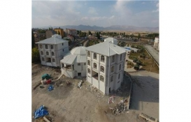 Ilıca'da kültür merkezi ve belediye binası inşaatında sona geliniyor!