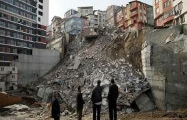 Kağıthane'de hasarlı 24 binadan 12'si yıkıldı!