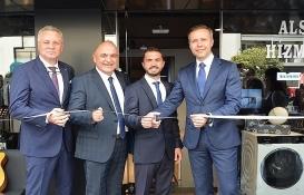 Siemens yeni mağazasını Alsancak'ta açtı!