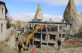 Peribacalarındaki inşaatın yıkımı tamamlandı!