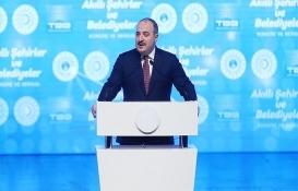 Mustafa Varank: Akıllı şehrin ilk adımı Esenler!