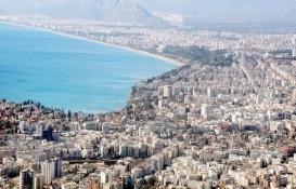 Antalya'da son bir yılda 9 bin 796 riskli bina yıkıldı!