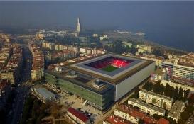 Çatısında 650 metre yürüyüş parkuru bulunan Göztepe'nin stadyumu açıldı!