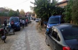 İzmir'de ev sahibi kiracı kavgası: 2 yaralı!