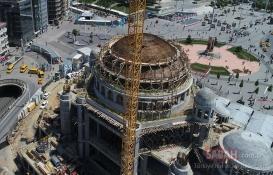 Taksim Camii'nin minarelerinin inşaatına başlandı!
