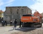 Kayseri Tomarza'da ruhsatsız ev yıkımına oturma eylemi!
