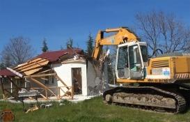 Silivri'deki 15 kaçak yapı yıkıldı!