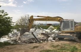 Osmangazi'de tarım arazisine yapılan kaçak ev yıkıldı!