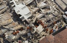 Brezilya'da 7 katlı bina çöktü: 2 ölü!