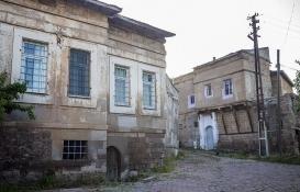 Kayseri'nin taş evleri eski günlerine dönmeyi bekliyor!