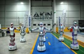 Mini Robot Ada 3 havalimanında göreve talip!