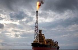 Petrol fiyatları Asya piyasasında yüzde 30 düştü! Fiyat savaşı başladı!
