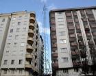 İki apartman arasındaki yüksek gerilim hattı konut satışlarını engelliyor!