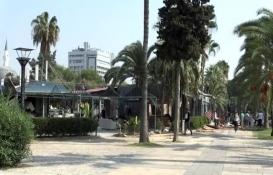 Mersin'de imara aykırı kafe yıkıldı!
